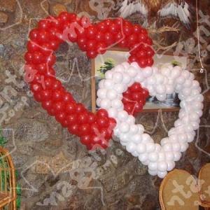 121 Шары на день влюбленных и любовь - морковь , цены в разделах  Шары гелиевые и Шары фольгированные .