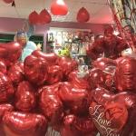 Шары на день влюбленных и любовь - морковь , цены в разделах  Шары гелиевые и Шары фольгированные .