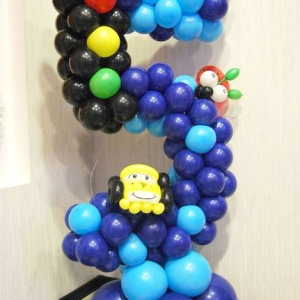 Композиция из шаров / № 5.1 /  Цена - 270 грн / Высота 100 см.  /  Цифры от 1 до 100 / Цвета в ассортименте
