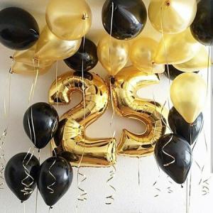 Композиция из шаров / № 25.3 /  Цена - 820 грн / Высота 100 см./Цифры от 1 до 100 / Цвета в ассортименте