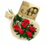 bouquet_rosas_vermelhas_chocolates