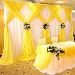 Заказать неповторимое украшение свадьбы в Запорожье тканью и цветами достаточно просто, обратитесь к специалистам Мадженто. Вам предложат много различных вариантов украшение тканью и цветами свадьбы в Запорожье.