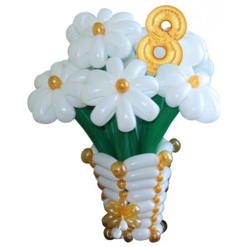 с-цветами-из-воздушных-шаров-Восемь-ромашек-500x500